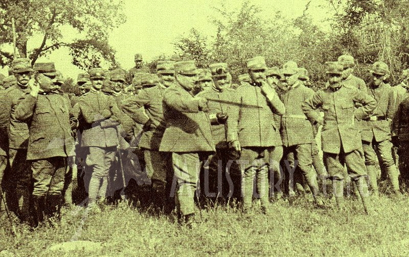 generale-luigi-capello-tra-alti-ufficiali